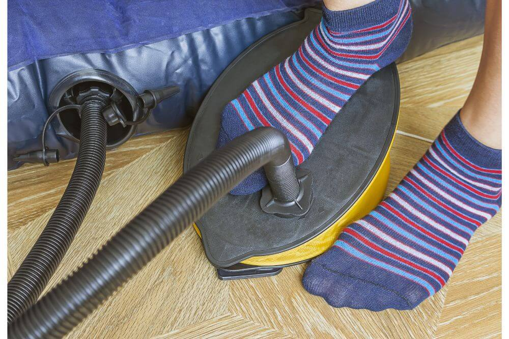 How to Keep an Air Mattress From Deflating